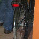 Похитил велосипед, деньги и мясо