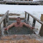 Крещенские купания на пруду