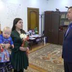 В Белорецке в канун Нового года сироты получили ключи от квартир