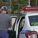 Борьба с чрезмерной тонировкой стекол автомобилей